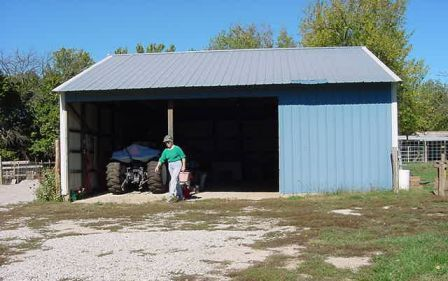 Garage & machine shed.jpg
