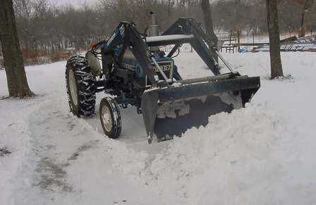 Pushing snow drifts - MVC-001S.jpg