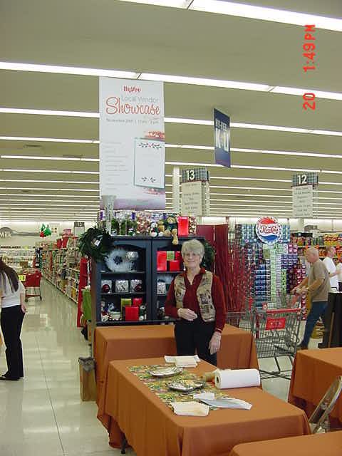 SUE at HYVee - 11-20-2010 MVC-004S.jpg