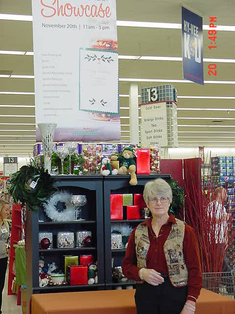 Sue at HyVee 11-20-2010 MVC-002S.jpg
